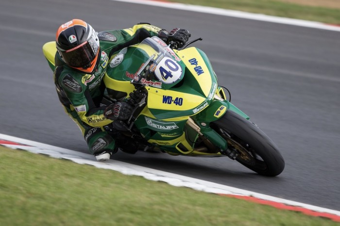 Brands BSB: Mackenzie wraps up Supersport title with last lap win